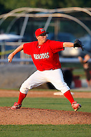 August 16, 2009:  Pitcher Tyler Lavigne of the Batavia Muckdogs delivers a pitch during a game at Dwyer Stadium in Batavia, NY.  The Muckdogs are the Short-Season Class-A affiliate of the St. Louis Cardinals.  Photo By Mike Janes/Four Seam Images