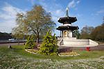 United Kingdom, England, London: The Peace Pagoda in Battersea Park | Grossbritannien, England, London: die Friedenspagode im Battersea Park