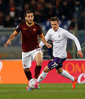 Calcio, Serie A: Roma vs Fiorentina. Roma, stadio Olimpico, 4 marzo 2016.<br /> Roma's Kostas Manolas, left, is chased by Fiorentina's Josip Ilicic during the Italian Serie A football match between Roma and Fiorentina at Rome's Olympic stadium, 4 March 2016.<br /> UPDATE IMAGES PRESS/Riccardo De Luca