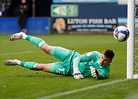 3rd October 2020; Kenilworth Road, Luton, Bedfordshire, England; English Football League Championship Football, Luton Town versus Wycombe Wanderers; Goalkeeper Simon Sluga of Luton Town diving to save the ball at his post