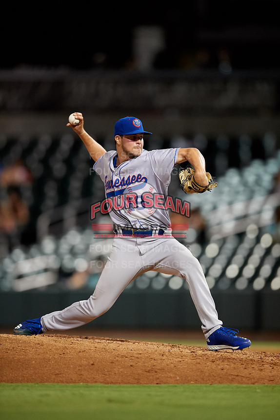 Tennessee Smokies relief pitcher Scott Effross (19) delivers a pitch during a game against the Birmingham Barons on August 16, 2018 at Regions FIeld in Birmingham, Alabama.  Tennessee defeated Birmingham 11-1.  (Mike Janes/Four Seam Images)