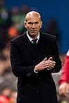 Coach Zinedine Zidane of Real Madrid looks on during their La Liga match between Atletico de Madrid and Real Madrid at the Vicente Calderón Stadium on 19 November 2016 in Madrid, Spain. Photo by Diego Gonzalez Souto / Power Sport Images