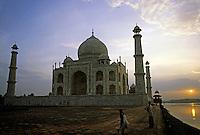 Silhouette of the Taj Mahal at sunset, Agra, India.