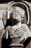 Europe/France/Rhône-Alpes/74/Haute-Savoie/Annecy: Hôtel de Sales (XVIIème) - Détail de l'un des bustes évoquant les 4 saisons