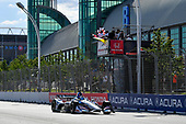 Graham Rahal, Rahal Letterman Lanigan Racing Honda crosses the finish line under the checkered flag