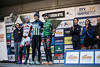 Women's Race Podium:<br /> <br /> 1st place: Katie Compton (USA/KFC Racing p/b Trek/Panache)<br /> 2nd place: Annemarie Worst (NED/Era Circus)<br /> 3th place: Maud Kaptheijns (NED/Crelan-Charles), <br /> <br /> Women's Race<br /> GP Sven Nys 2018