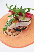 Europe/France/Bretagne/22/Côtes d'Armor/Saint-Brieuc: Rouget grillé, Navet, Soupe de foie de rouget, recette de  Jean-Marie Baudic  restaurant: Youpala Bistrot