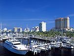 USA, Florida, Fort Lauderdale: Yachthafen, Hotels und Appartmentanlagen   USA, Florida, Fort Lauderdale