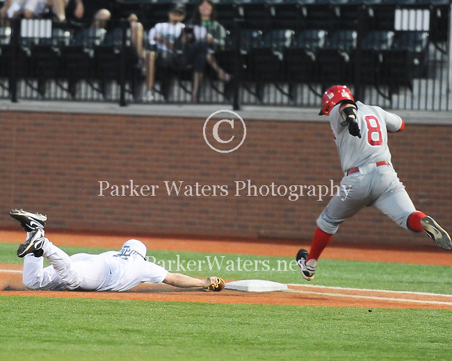 Tulane baseball defeats Nicholls State, 5-1, in a game played at Greer Field-Turchin Stadium.