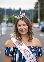Elizabeth Enz, Miss Auburn Teen 2017, Auburn Days Parade & Festival, Washington State, USA.
