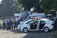 Paulínia (SP), 03/03/2021 - Protesto-SP - Na manhã desta quarta-feira (03) caminhoneiros se concentraram na marginal da rodovia SP 332 no km 130 em Paulínia, interior de São Paulo, para protestar contra o aumento do Diesel, porém durante um protesto houve um atropelamento, não há informações sobre a vÍtima, no local e a polícia acabou dispersando o movimento.