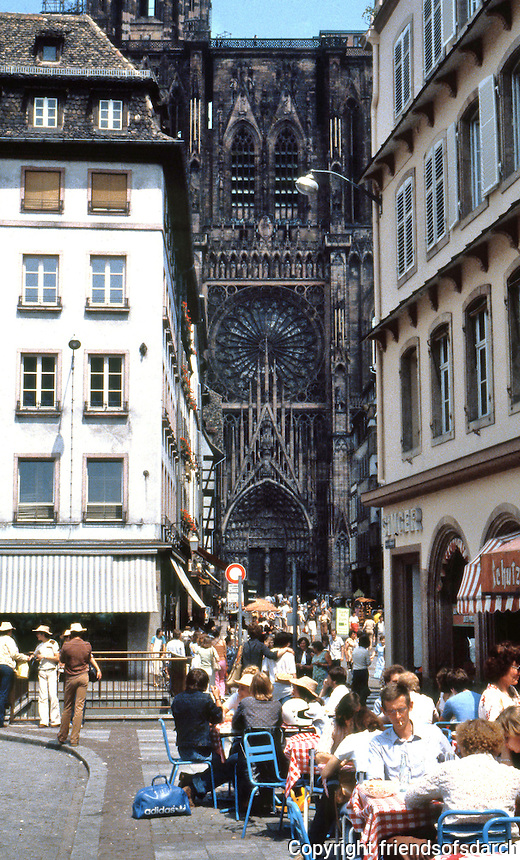 Strasbourg: View of Strausbourg Cathedral (Gothic design).  Outdoor cafe and street scene.