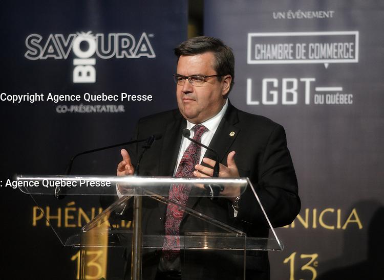 Le Maire Denis Coderre au<br /> 13 ieme Gala Phenicia , 25 mai 2017<br /> <br /> PHOTO :  Agence Québec Presse