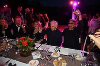 ANTOINE DULERY , MICHELE MERCIER , CHARLES AZNAVOUR , LOUIS ACARIES - GARDEN PARTY AU CHATEAU DE LA BUZINE A MARSEILLE - FRANCE , LE 30/06/2017