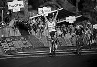 Milan-San Remo 2012.raceday.Simon Gerrans outsprints Fabian Cancellara at the finish