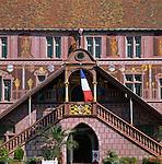 France, Alsace, Department Haut-Rhin, Mulhouse: old Townhall - Hotel De Ville - built 16th century | Frankreich, Elsass, Départements Haut-Rhin, Muelhausen (Mulhouse): Altes Rathaus aus dem 16. Jahrhundert