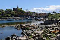 Blick von Frederiksø auf den Store Tårn auf Christiansø, Ertholmene (Erbseninseln) bei Bornholm, Dänemark, Europa<br /> Store Tårn on Christiansø, Ertholmene, Isle of Bornholm Denmark