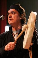 2004 File Photo - Florent Vollant, ex KASHTIN.<br /> photo (c)  Images Distribution<br /> <br /> <br />  - PHOTO D'ARCHIVE :  Agence Quebec Presse