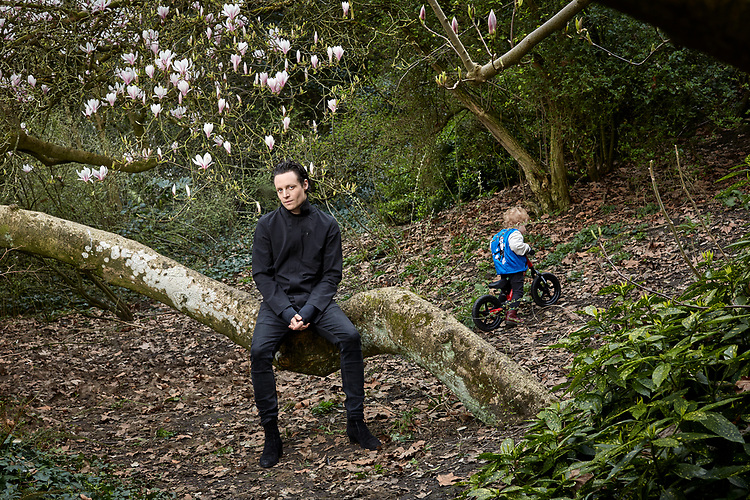 200317 Photograph by © John Angerson<br /> HIGH RES - Hugo White with his son Jet shot in Battersea Park, London.