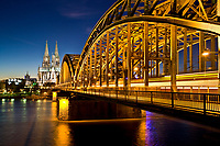 Germany, Deutschland, North Rhine-Westphalia, Nordrhein-Westfalen, Cologne, K?ln, Cathedral and Hohenzollern Bridge in Cologne