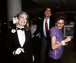 LYDIA MANCINELLI E ANNA CRAXI<br /> FESTA ENRICO COVERI<br /> CAFFE' ROMA - MILANO 1984