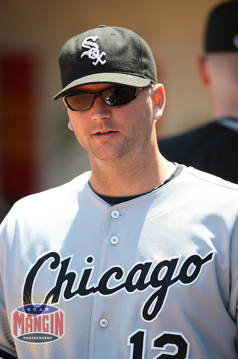 OAKLAND, CA - AUGUST 16:  A.J. Pierzynski of the Chicago White Sox gets ready before the game against the Oakland Athletics at the McAfee Coliseum in Oakland, California on August 16, 2008.  The White Sox defeated the Athletics 2-1.  Photo by Brad Mangin