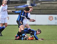Club Brugge Dames - Heerenveen : duel met Ingrid De Rycke (links) en Nicky Van Den Abbeele (grond)<br /> foto Joke Vuylsteke / nikonpro.be