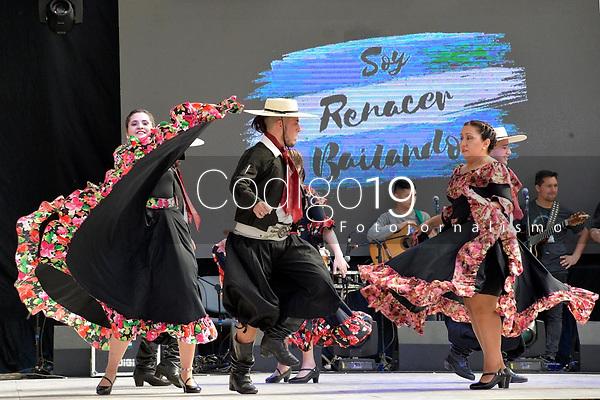 NOVA PETRÓPOLIS, RS, 02.08.2019:  47. FESTIVAL INTERNACIONAL DE FOLCLORE - O grupo de dança Renacer Bailando Ballet, da Argentina, durante apresentação na 47. edição do Festival Internacional de Folclore de Nova Petrópolis/RS, na Serra Gaúcha, nesta sexta-feira (02). (Foto: Donaldo Hadlich/(Código19)