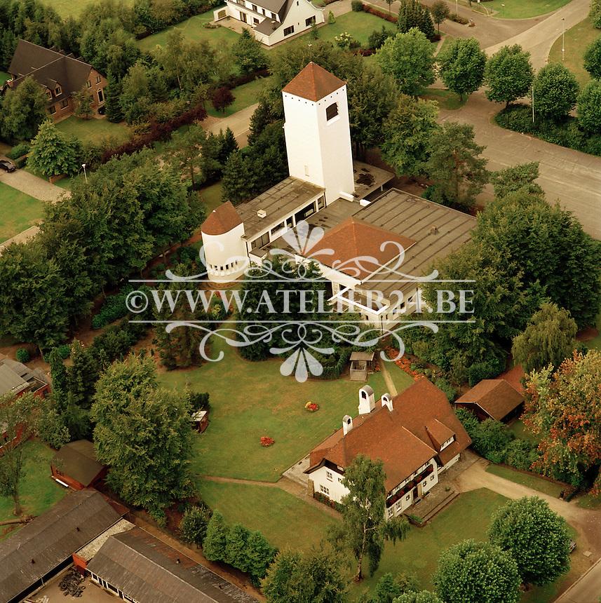 1992. Dominicanenkerk O.-L.-Vrouw ten Hemel Opgenomen, ook de Witte Kerk genoemd. Pater Nuyenslaan 70, 2970 Schilde..