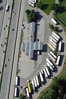 Tankstelle Stillhorn LKW Parkplatz: EUROPA, DEUTSCHLAND, HAMBURG, (EUROPE, GERMANY), 08.06.2013: Tankstelle Stillhorn, Lkw Parkplatz, BAB A7
