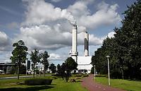 Nederland Amsterdam - juli 2020.   Het Afval Energie Bedrijf ( AEB ). Het Afval Energie Bedrijf (AEB) is een afvalverwerkingsbedrijf in Amsterdam. Het bedrijf verwerkt afval uit Amsterdam en uit de regio, en heeft de beschikking over afvalverbrandingsinstallaties in het Westelijk Havengebied. Deze installaties gebruiken de bij de verbranding vrijkomende warmte voor het opwekken van energie.  Foto ANP / Hollandse Hoogte / Berlinda van Dam