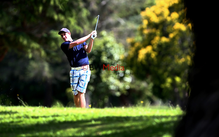 Duncan Croudis of Otago. Men's Toro Interprovincial Championship Semi-Final, St Andrews, Hamilton, Saturday 6th December 2014. Photo: Simon Watts/www.bwmedia.co.nz <br /> All images © NZ Golf and BWMedia.co.nz