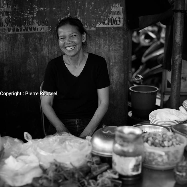 Photo de rue - Street life ,  Nha Trang, Vietnam by<br /> Roussel Fine Art Photo