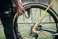 the right tire pressure is essential in cyclocross<br /> <br /> CX Brico Cross Eeklo 2017 (BEL)