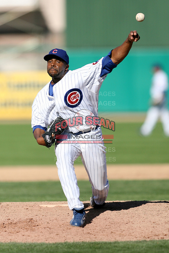 February 29, 2008: Les Walrond of the Chicago Cubs at Hohokam Park during spring training in Mesa, AZ. Photo by:  Chris Proctor/Four Seam Images