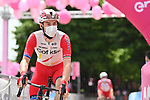 Elia Viviani (ITA) Cofidis arrives at sign on before the start of Stage 7 of the 2021 Giro d'Italia, running 181km from Notaresco to Termoli, Italy. 14th May 2021.  <br /> Picture: LaPresse/Gian Mattia D'Alberto | Cyclefile<br /> <br /> All photos usage must carry mandatory copyright credit (© Cyclefile | LaPresse/Gian Mattia D'Alberto)