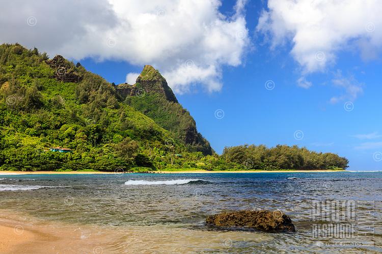 Makana Ridge at Ha'ena Beach Park, seen on a sunny dray from Tunnels Beach, north shore of Kaua'i.