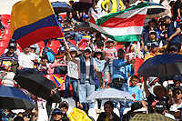 TUNJA - COLOMBIA, 11-02-2020: Seguidores del cliclismo animan durante la primera del Tour Colombia 2.1 2020 que se correrá en Boyacá, Colombia entre el 11 y 16 de febrero de 2020. / Cycling supporters cheer during the launch of Tour Colombia 2.1 2020 that that will run between February 11 and 16, 2020 in Boyacá, Colombia.  Photo: VizzorImage / Darlin Bejarano / Cont