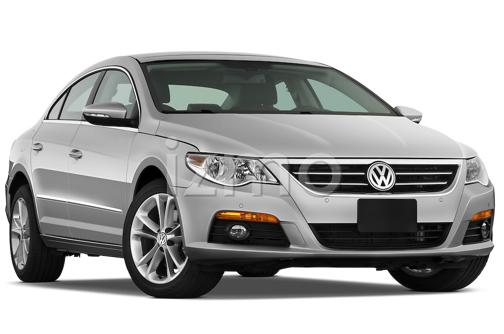 Low aggressive passenger side front three quarter view of a 2009 volkswagen cc luxary.