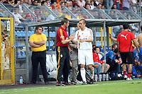 Trainer Michael Skibbe mit Emre Asik (Galatasaray)<br /> TSG 1899 Hoffenheim vs. Galatasaray Istanbul, Carl-Benz Stadion Mannheim<br /> *** Local Caption *** Foto ist honorarpflichtig! zzgl. gesetzl. MwSt. Auf Anfrage in hoeherer Qualitaet/Aufloesung. Belegexemplar an: Marc Schueler, Am Ziegelfalltor 4, 64625 Bensheim, Tel. +49 (0) 6251 86 96 134, www.gameday-mediaservices.de. Email: marc.schueler@gameday-mediaservices.de, Bankverbindung: Volksbank Bergstrasse, Kto.: 151297, BLZ: 50960101