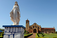 RWANDA, Butare, catholic cathedral, mother mary statue