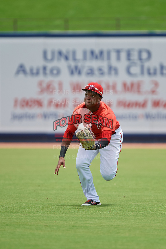 GCL Nationals right fielder Juan Evangelista (2) makes a play on a fly ball during the second game of a doubleheader against the GCL Mets on July 22, 2017 at The Ballpark of the Palm Beaches in Palm Beach, Florida.  GCL Mets defeated the GCL Nationals 4-1.  (Mike Janes/Four Seam Images)