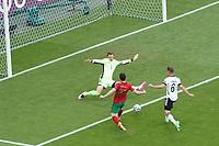 Diogo Jota (Portugal) ueberwindet Torwart/Goalie Manuel Neuer (Deutschland Germany) und Joshua Kimmich (Deutschland Germany) und legt ab auf Cristiano Ronaldo (Portugal) zum Tor zum 0:1<br /> - Muenchen 19.06.2021: Deutschland vs. Portugal, Allianz Arena Muenchen, Euro2020, emonline, emspor, <br /> <br /> Foto: Marc Schueler/Sportpics.de<br /> Nur für journalistische Zwecke. Only for editorial use. (DFL/DFB REGULATIONS PROHIBIT ANY USE OF PHOTOGRAPHS as IMAGE SEQUENCES and/or QUASI-VIDEO)
