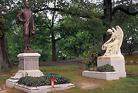 AJ3406, Richmond, cemetery, Virginia, Jefferson Davis, Gravesite of Confederate President Jefferson Davis at the Hollywood Cemetery in Richmond in the state of Virginia.