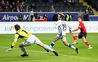 Mathias Hain und Bernd Korzynietz (Bielefeld) sind machtlos beim Schuss von Martin Fenin (Eintracht) zum 2:0<br /> Eintracht Frankfurt vs. Arminia Bielefeld, Commerzbank Arena<br /> *** Local Caption *** Foto ist honorarpflichtig! zzgl. gesetzl. MwSt. Auf Anfrage in hoeherer Qualitaet/Aufloesung. Belegexemplar an: Marc Schueler, Am Ziegelfalltor 4, 64625 Bensheim, Tel. +49 (0) 6251 86 96 134, www.gameday-mediaservices.de. Email: marc.schueler@gameday-mediaservices.de, Bankverbindung: Volksbank Bergstrasse, Kto.: 151297, BLZ: 50960101