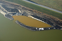 Kreetsand: EUROPA, DEUTSCHLAND, HAMBURG 28.01.2017:   Tiedeelbe Konzept Kreetsand, Hamburg Port Authority (HPA), soll auf der Ostseite der Elbinsel Wilhelmsburg zusaetzlichen Flutraum für die Elbe schaffen. Das Tidevolumen wird durch diese strombauliche Massnahme vergroessert und der Tidehub reduziert. Gleichzeitig ergeben sich neue Moeglichkeiten für eine integrative Planung und Umsetzung verschiedenster Interessen und Belange aus Hochwasserschutz, Hafennutzung, Wasserwirtschaft, Naturschutz und Naherholung.