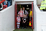 Brentford 0 Doncaster Rovers 1, 27/04/2013. Griffin Park, League One. Griffin Park hosts a showdown between two clubs aiming for automatic promotion from League One. The teams get ready to battle for promotion. Photo by Simon Gill.
