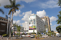 "Afrika Kenia Nairobi , Stadtansicht vom Zentrum -  Staedte Afrikaner afrikanisch xagndaz | .Africa Kenya Nairobi , city center downtown .| [ copyright (c) Joerg Boethling / agenda , Veroeffentlichung nur gegen Honorar und Belegexemplar an / publication only with royalties and copy to:  agenda PG   Rothestr. 66   Germany D-22765 Hamburg   ph. ++49 40 391 907 14   e-mail: boethling@agenda-fototext.de   www.agenda-fototext.de   Bank: Hamburger Sparkasse  BLZ 200 505 50  Kto. 1281 120 178   IBAN: DE96 2005 0550 1281 1201 78   BIC: ""HASPDEHH"" ,  WEITERE MOTIVE ZU DIESEM THEMA SIND VORHANDEN!! MORE PICTURES ON THIS SUBJECT AVAILABLE!! ] [#0,26,121#]"