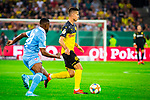 09.08.2019, Merkur Spiel-Arena, Düsseldorf, GER, DFB Pokal, 1. Hauptrunde, KFC Uerdingen vs Borussia Dortmund , DFB REGULATIONS PROHIBIT ANY USE OF PHOTOGRAPHS AS IMAGE SEQUENCES AND/OR QUASI-VIDEO<br /> <br /> im Bild | picture shows:<br /> Julian Weigl (Borussia Dortmund #33) mit Franck Evina (KFC Uerdingen #18), <br /> <br /> Foto © nordphoto / Rauch