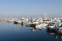 Jachthafen von Alghero, Provinz Sassari, Nord - Sardinien, Italien